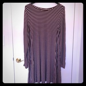 Old Navy Stretchy Long Sleeve Dress